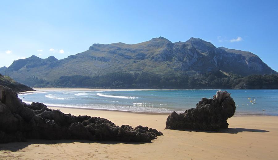 Ruta por Cantabria I: una mañana de verano en la playa de Islares