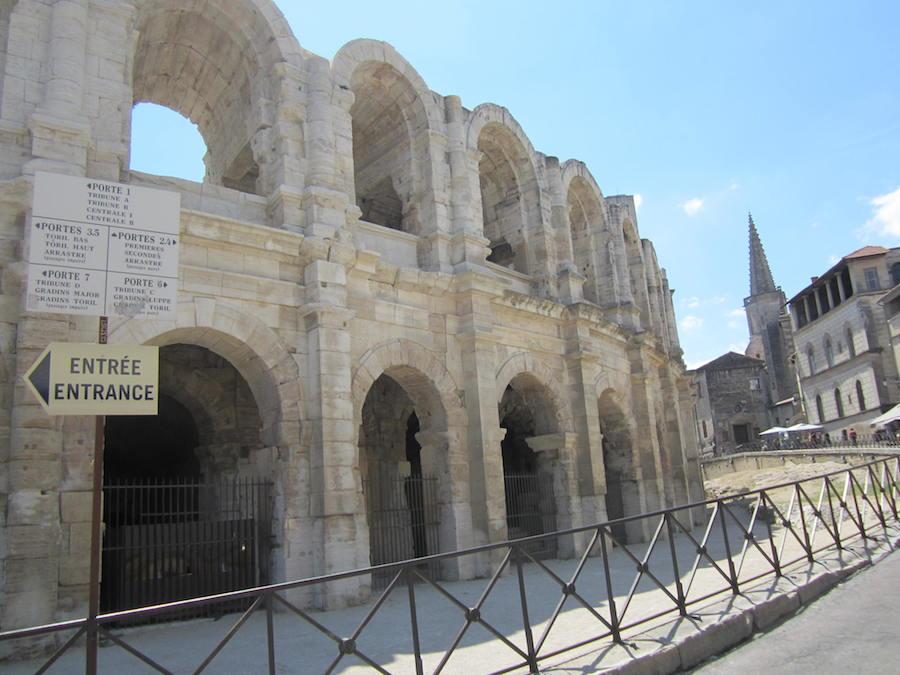 El de Arles es uno de los anfiteatros mejor conservados de Europa. Foto de María Calvo.