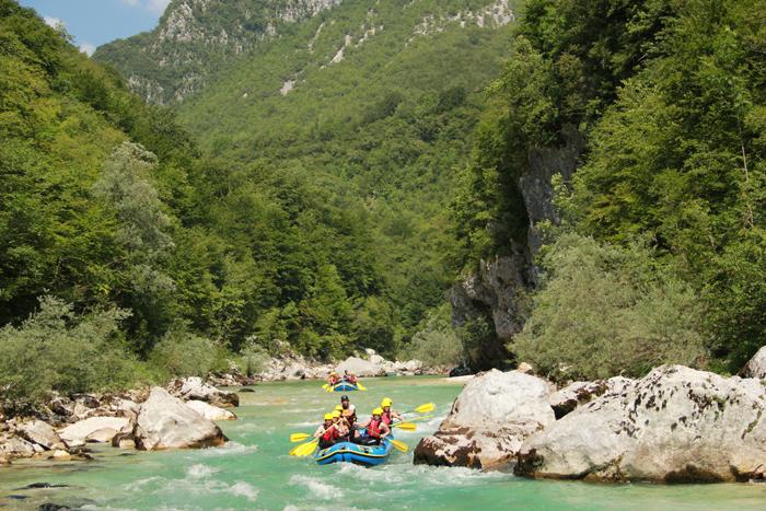 Rafting en el rio Soca de Eslovenia