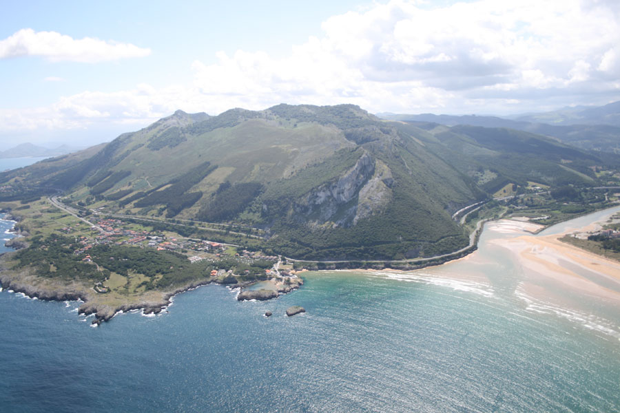 Vuelo en Paratrike por los cielos de Cantabria