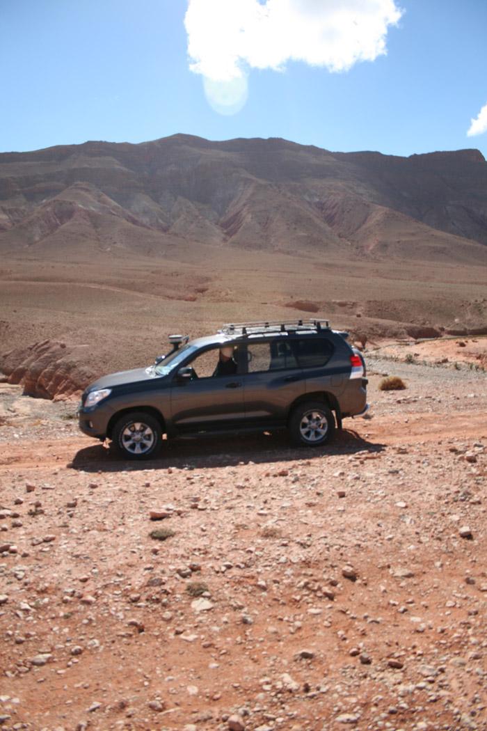 Ruta en 4x4 por la montaña rocosa de Marruecos. Foto de El Giróscopo Viajero ©