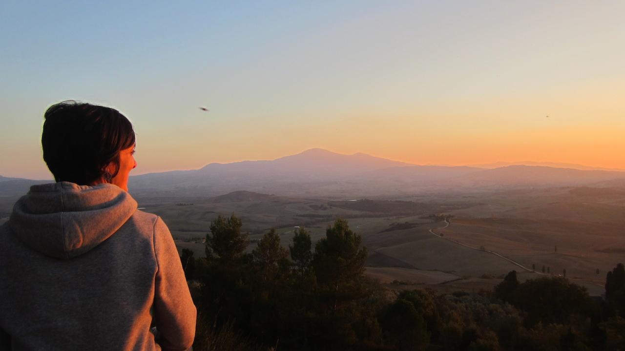 Puesta de sol mirando al Val d'Orcia. Foto de El Giróscopo Viajero © 2014.