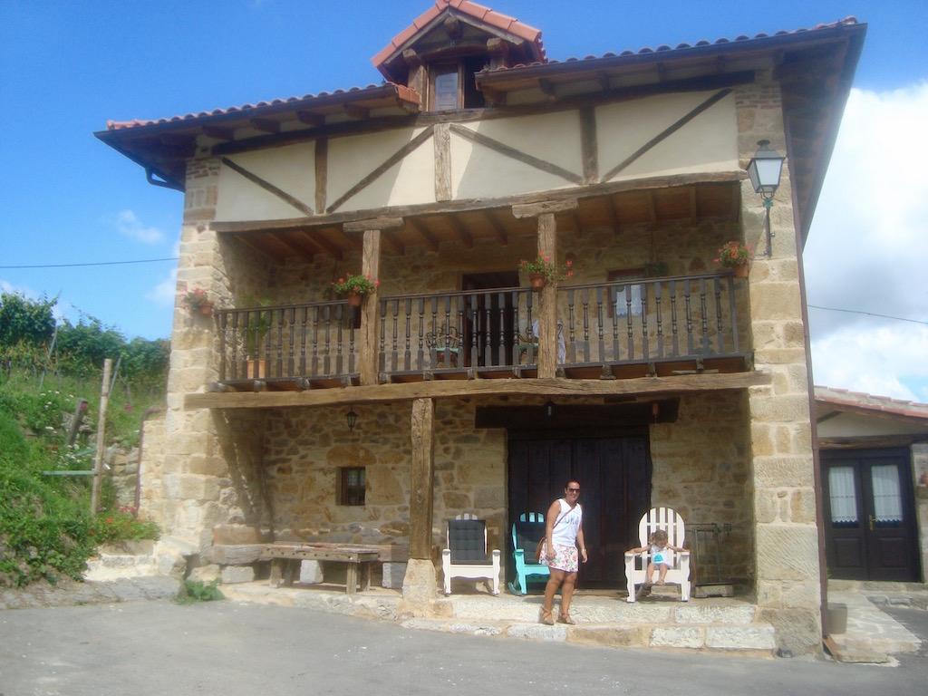 En las bodegas Vidular también pueden pasar una agradable estancia en esta casa rural. © María Calvo.