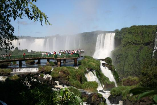 Las pasarelas de acceso a las cataratas de Iguazú