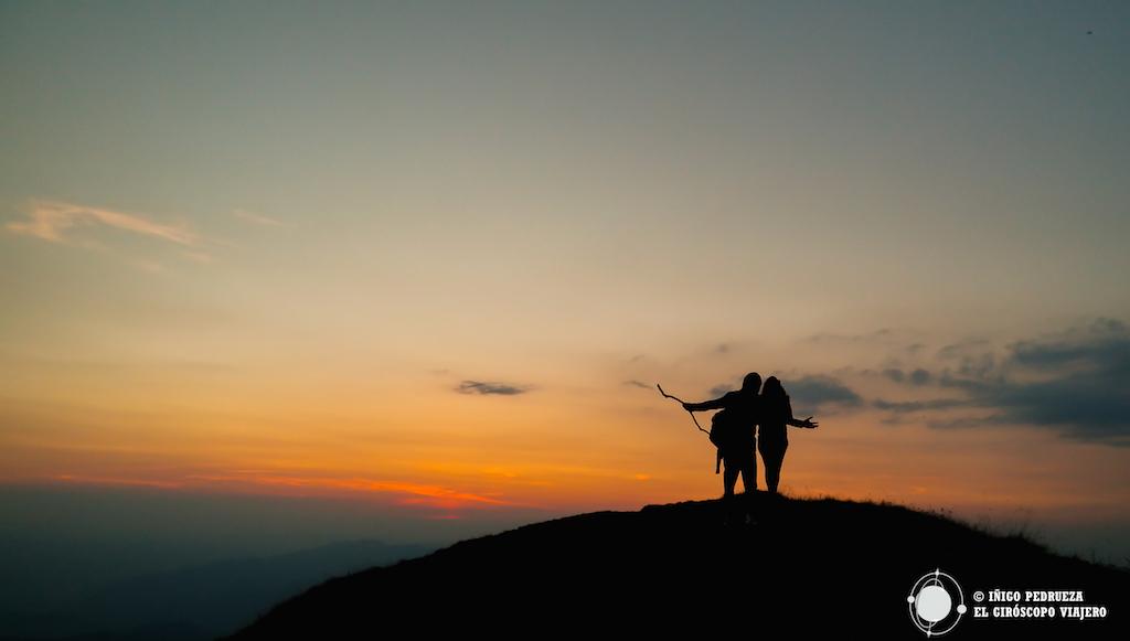 En la cima del Ceahlau con SIlviu y Lavinia. ©Iñigo Pedrueza.