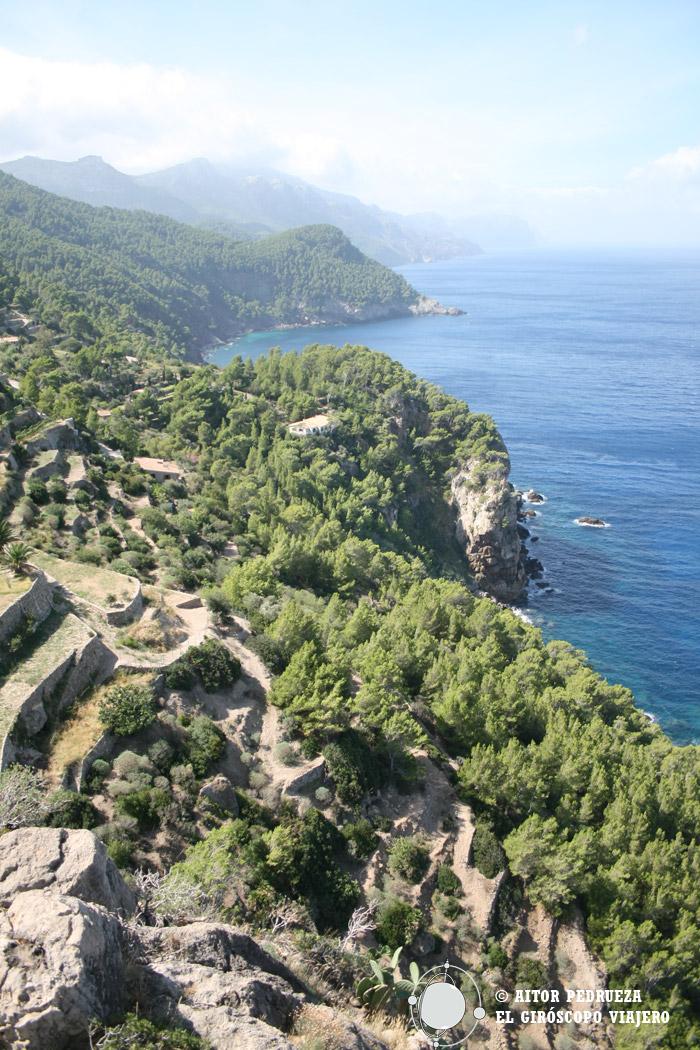 Vista de la costa de la Sierra de la Tramuntana desde la torre de Ses Verger
