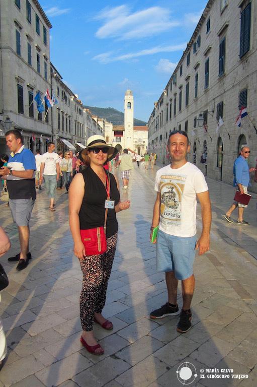 Un viajero giroscópico con Marina, nuestra guía en Duvrovnik
