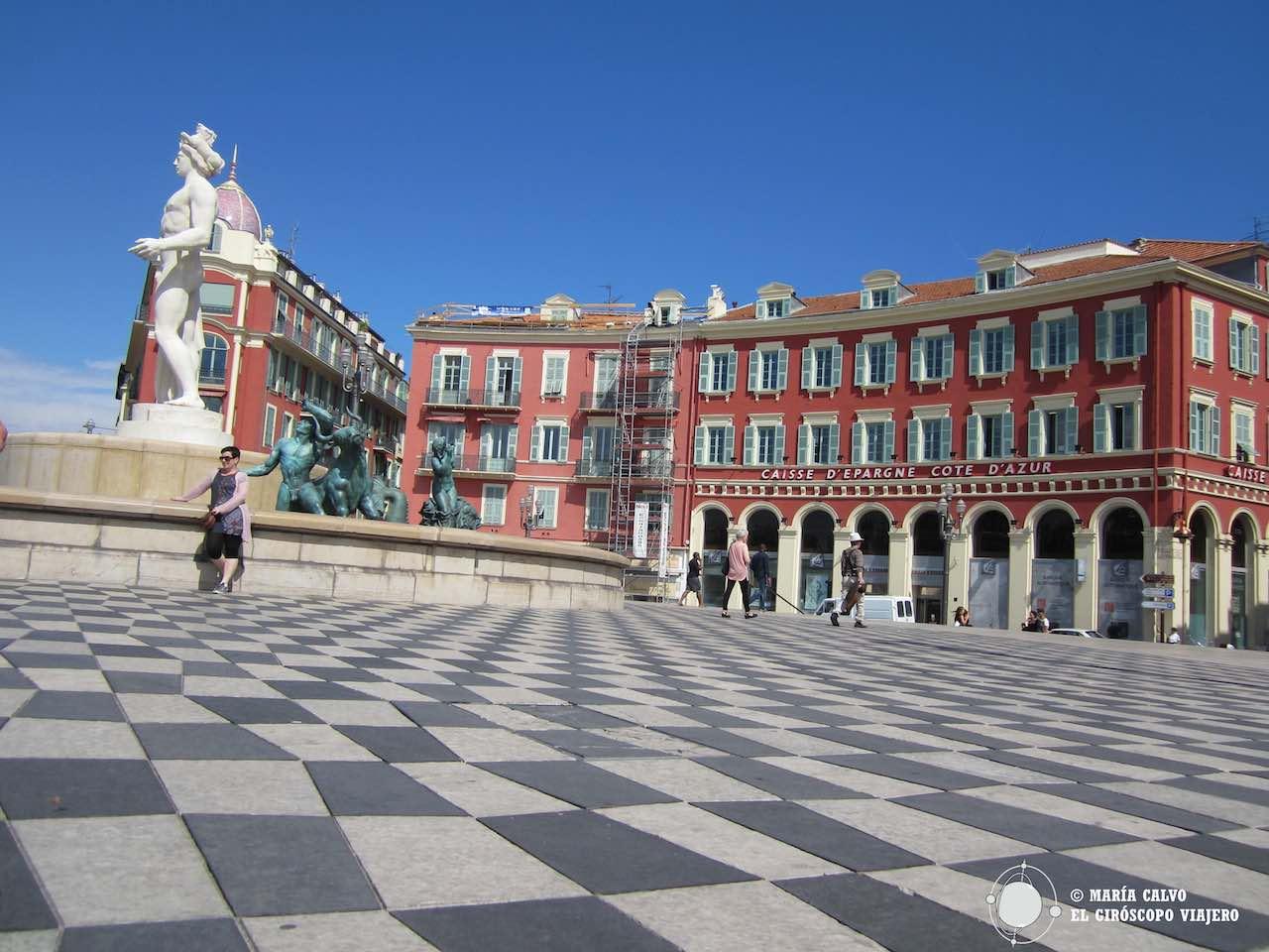 Los colores de la Plaza Masséna