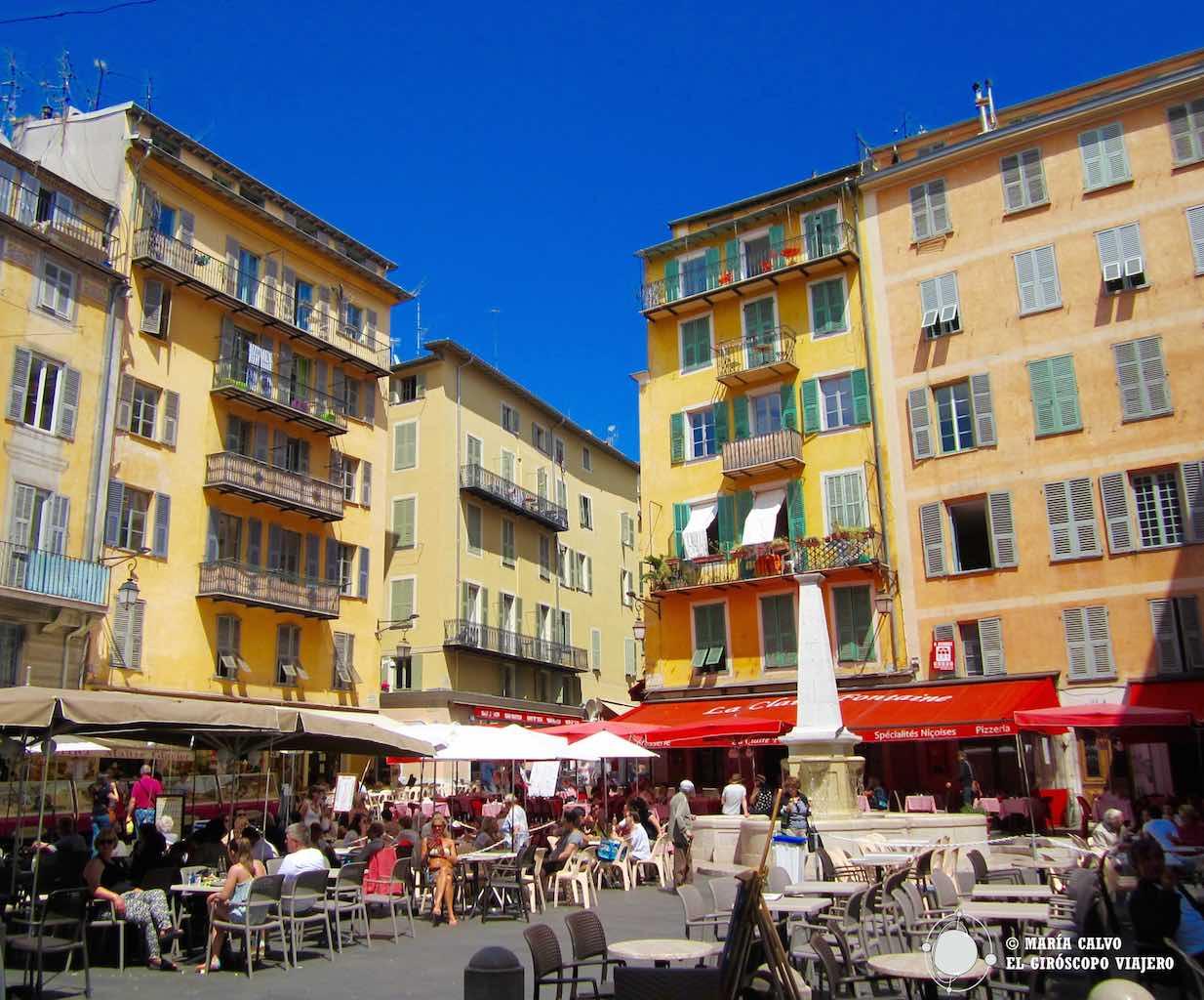 El animado casco antiguo de Niza