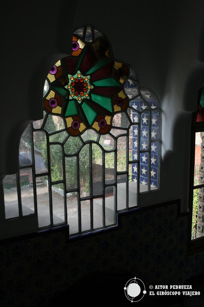 Vidriera tridimensional de la Torre Bellesguard