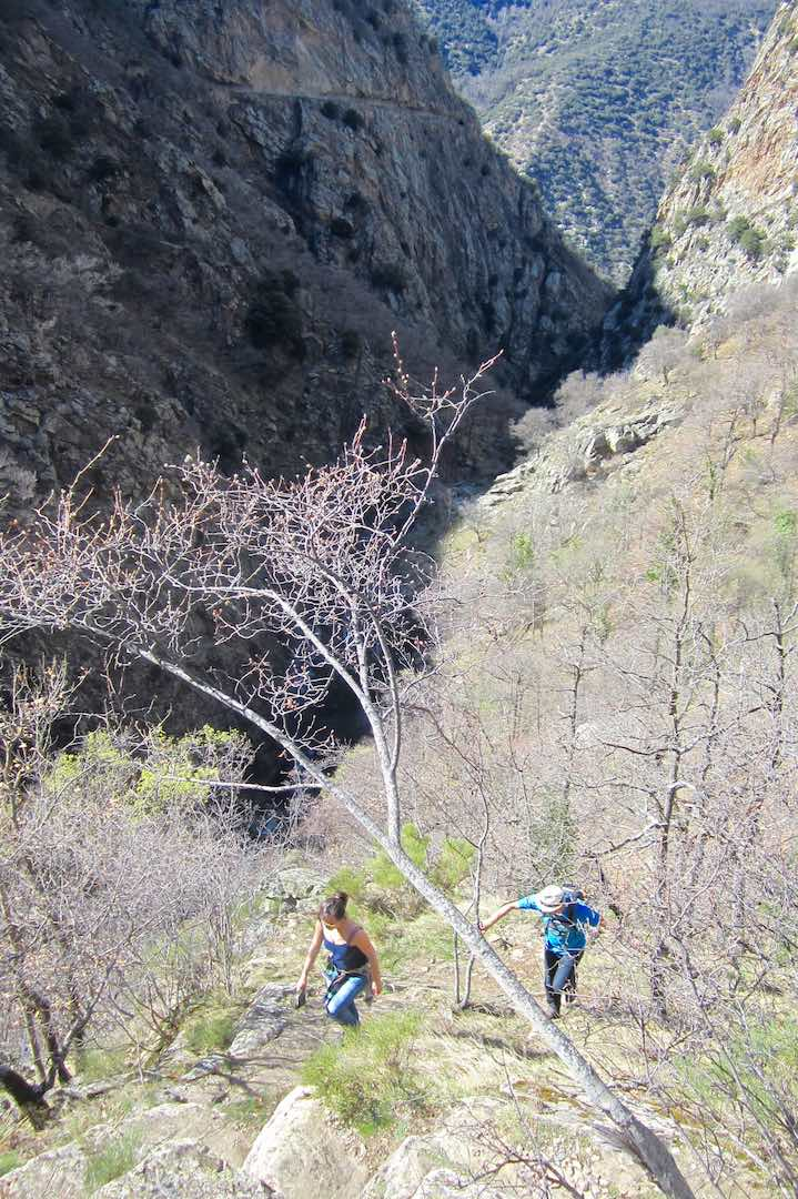 El sendero de les Gorges  va subiendo poco a poco hasta alcanzar más de 1000 metros