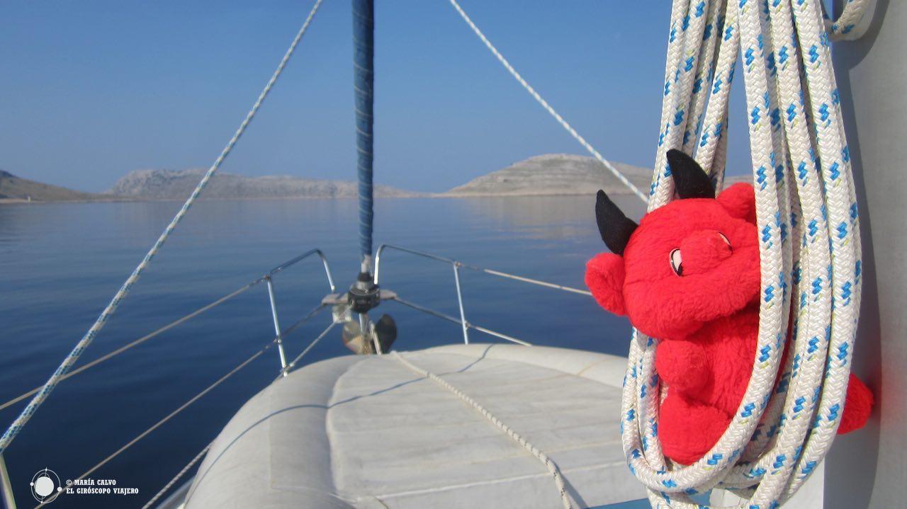 Después de recorrer las carreteras de la costa dálmata, nos esperaba un barco para descubrir las islas. ©María Calvo.