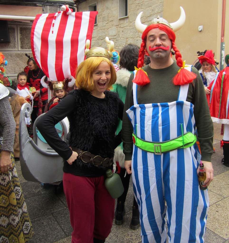 Disfraces simpáticos en el Carnaval de Xinzo de Limia. ©María Calvo.