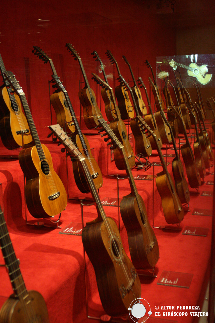 Importante colección de guitarras
