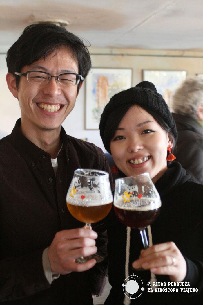 Nuestros amigos japoneses y distribuidores de las cervezas de Dolle Brouwers en Tokio