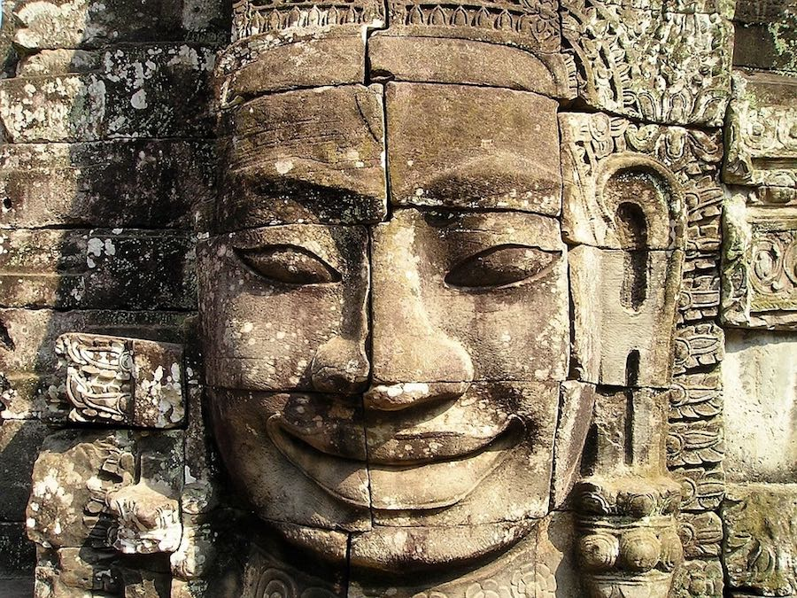 Gigantesco relieve de Angkor.