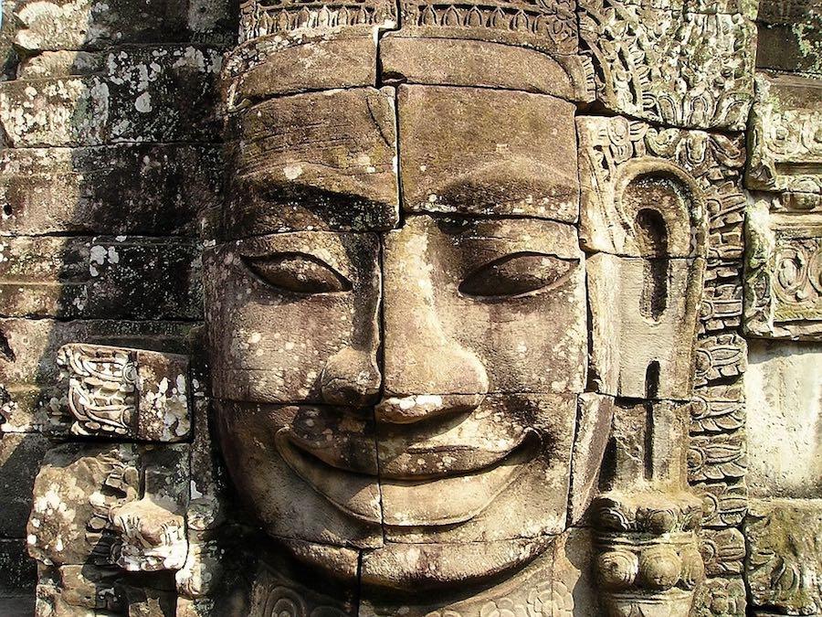 Gigantesco relieve de Angkor.
