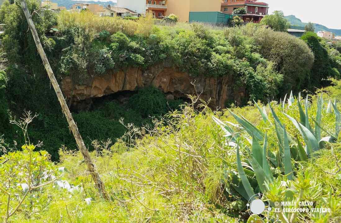 Cueva guanche en el Barranco del Agua de Dios