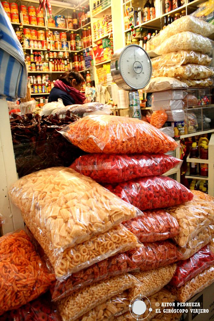Puesto de botanas en el mercado de Coyoacán