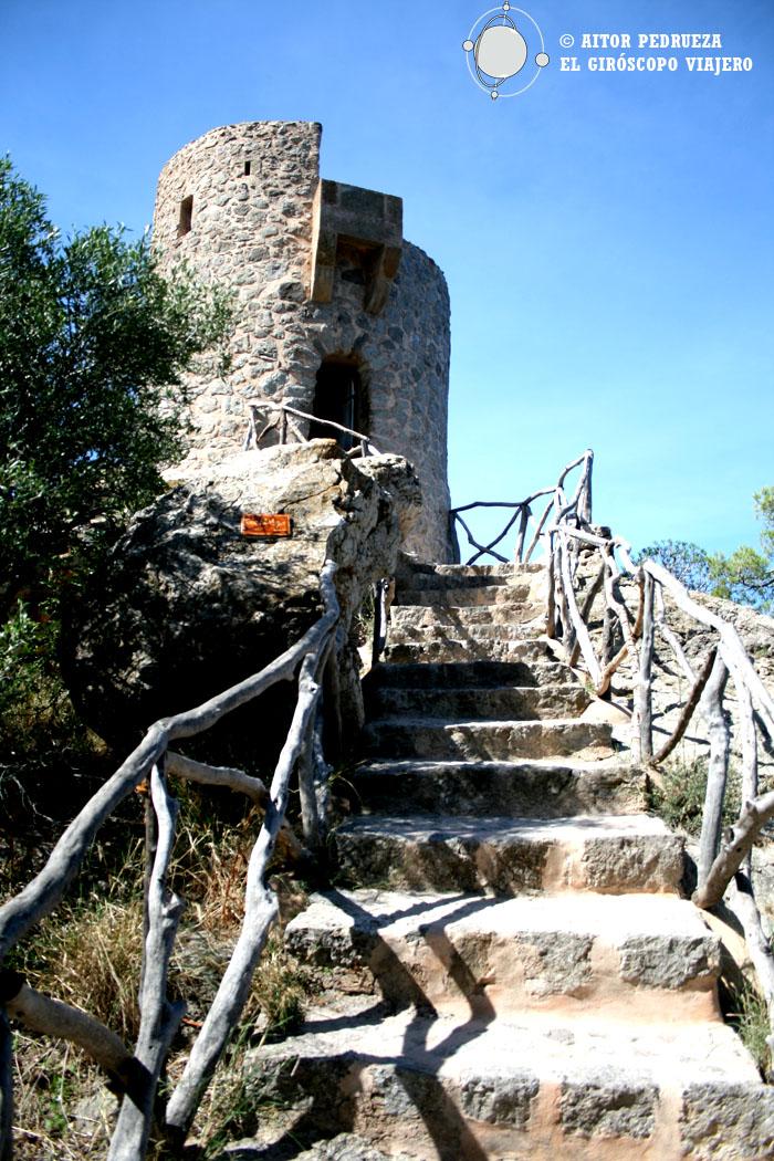 Subiendo a la torre del Verger antes de llegar a Banyabufar