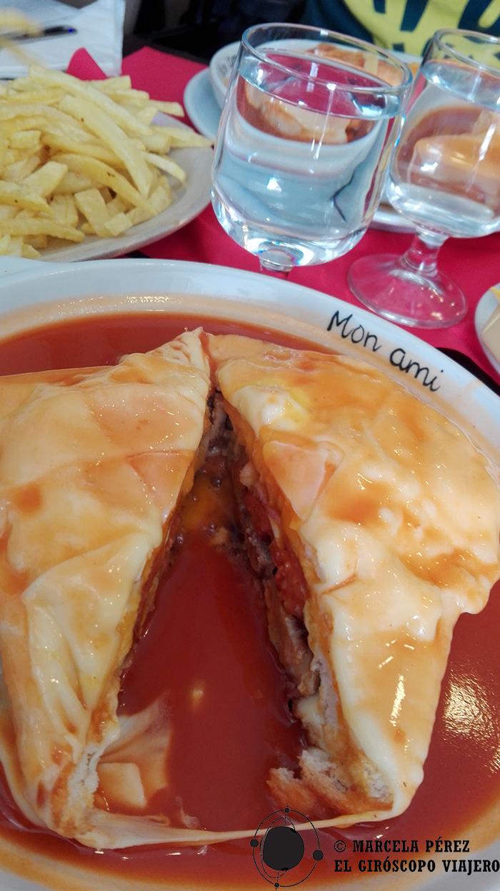 Haciendo homenaje de despedida con una francesinha más al acervo gastronómico del Giróscopo Viajero