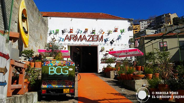 """El """"Armazem"""" un peculiar bazar"""