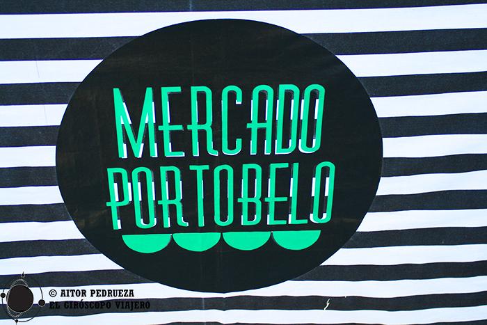 Las manteletas listadas que distinguen al Mercado Porto Belo