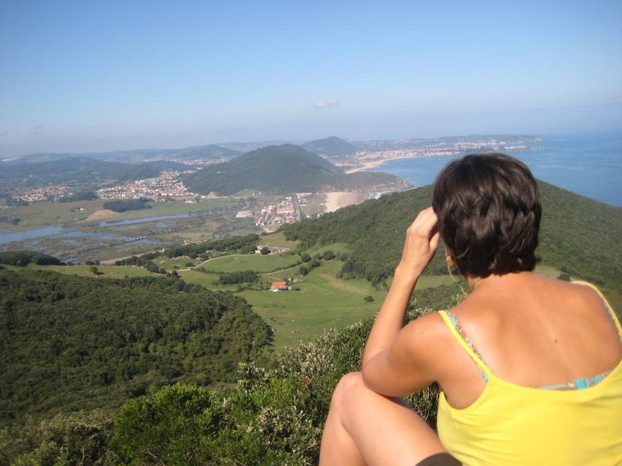 Vistas de Argoños y la playa de Berria desde la Atalaya