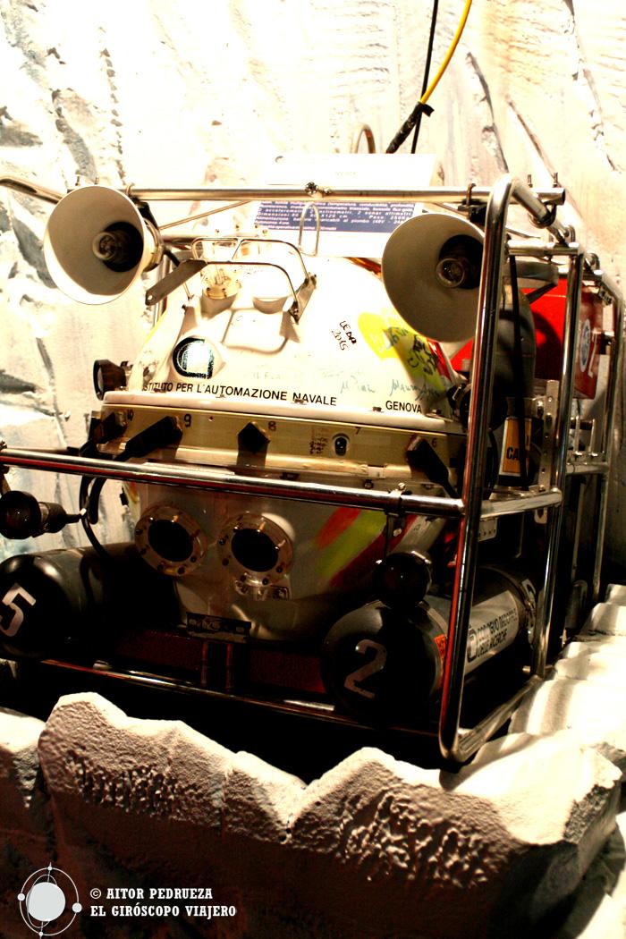 Submarino d exploración en el Museo de la Antártida