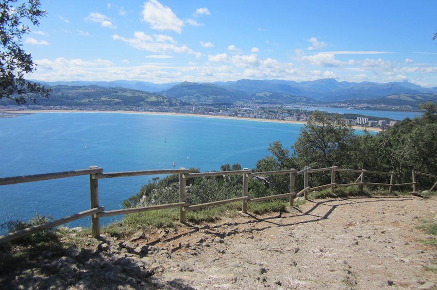 Otra de las rutas al Monte Buciero, la ruta de los faros y los acantilados
