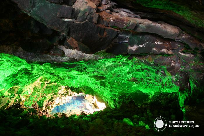 Cueva en los Jameos del Agua