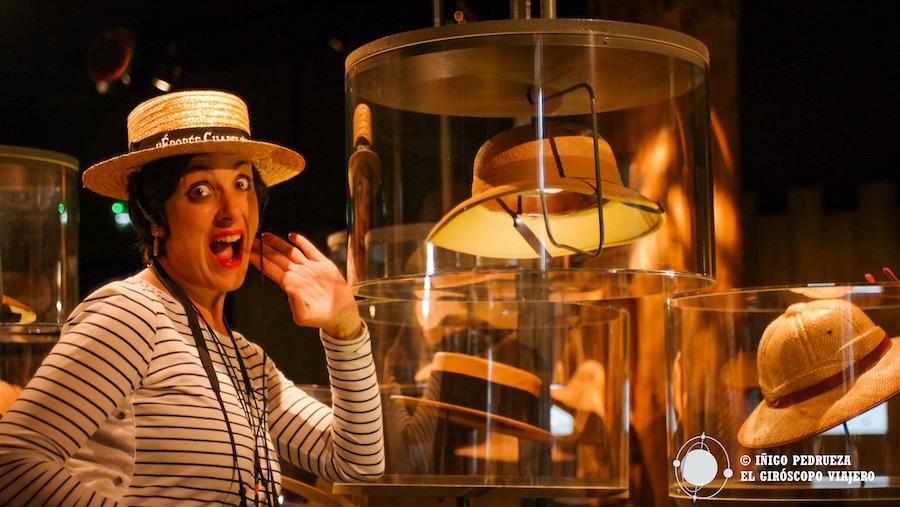 Visita del museo del sombrero (Musée du Chapeu) en Caussade antiguo centro industrial. ¡Reportera con cannotier! Tarn-et-Garonne mucho que ver, mucho que hacer. ©Iñigo Pedrueza.