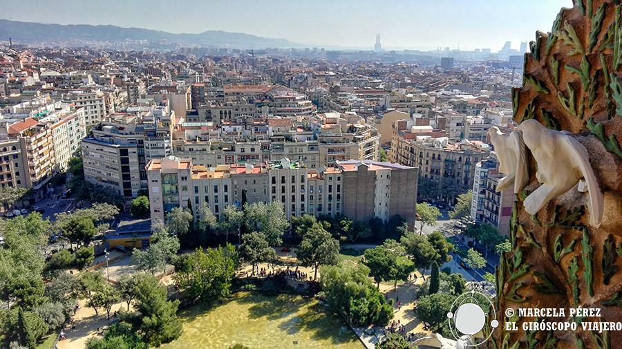 Vistas de Barcelona desde lo alto de la torre del Nacimiento