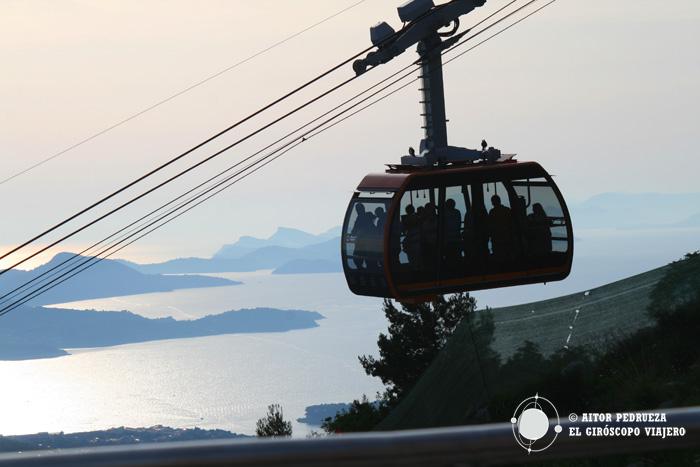 Atardecer en lo alto del teleférico de Dubrovnik