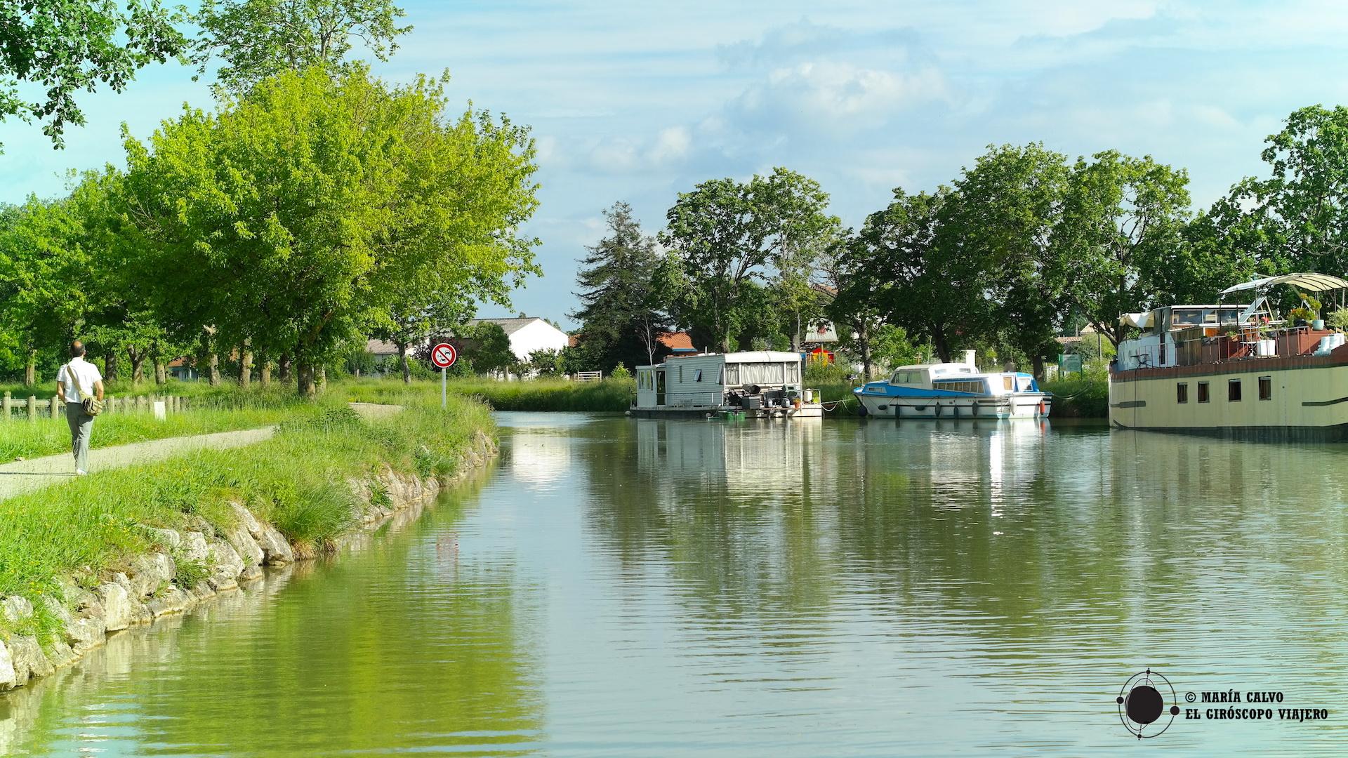Si desean hacer una ruta en barco por el Canal del Midi o de la Garona, escríbannos