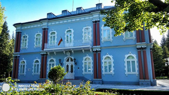 Edificio de una de las antiguas embajadas en Cetinje