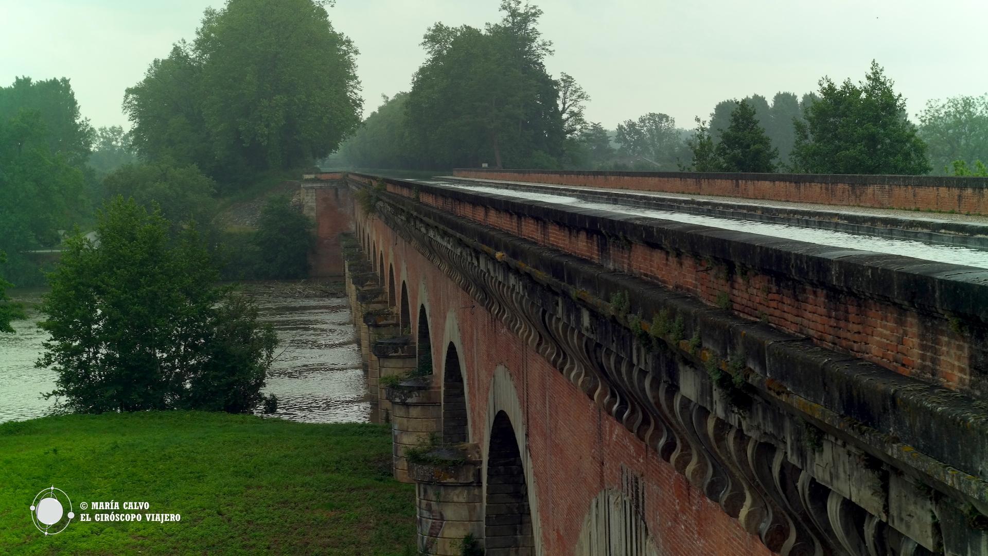 Puente-canal de Cacor, en Moissac, una obra espectacular, puente y canal al mismo tiempo.
