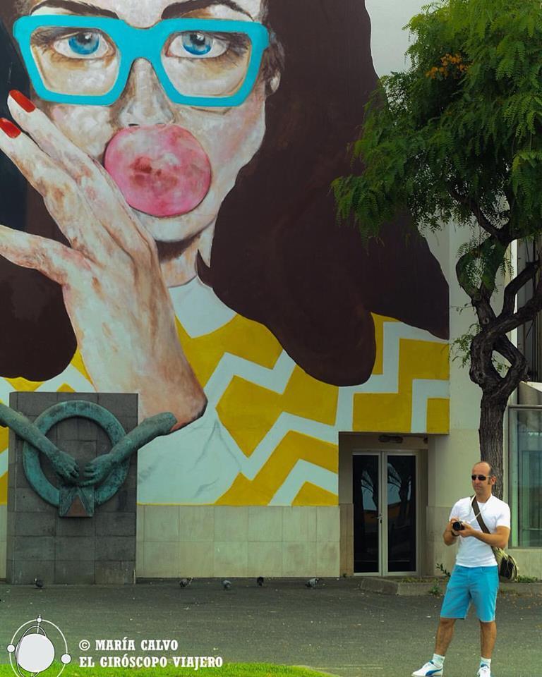 Funchal, ciudad moderna con graffitis con estilo