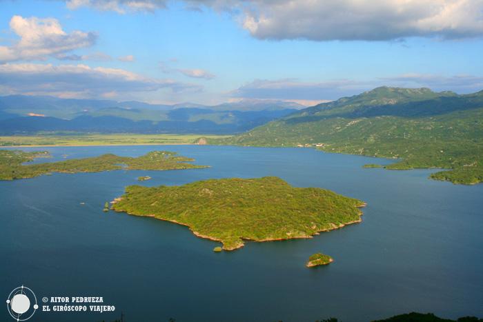 Panorámica del Lago Slansko