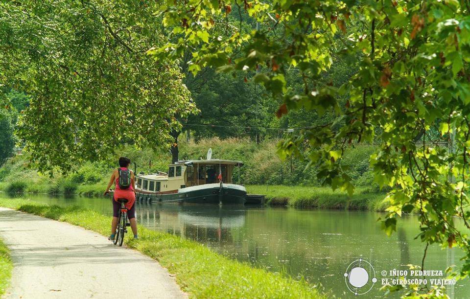 El Canal del Midi y el del Garona son postales de ensueño