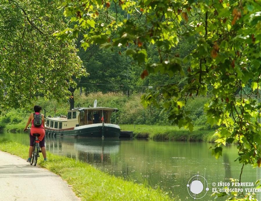 Canal del Garona, para navegar, andar en bici o caminar entre Toulouse y Burdeos ©Iñigo Pedrueza.
