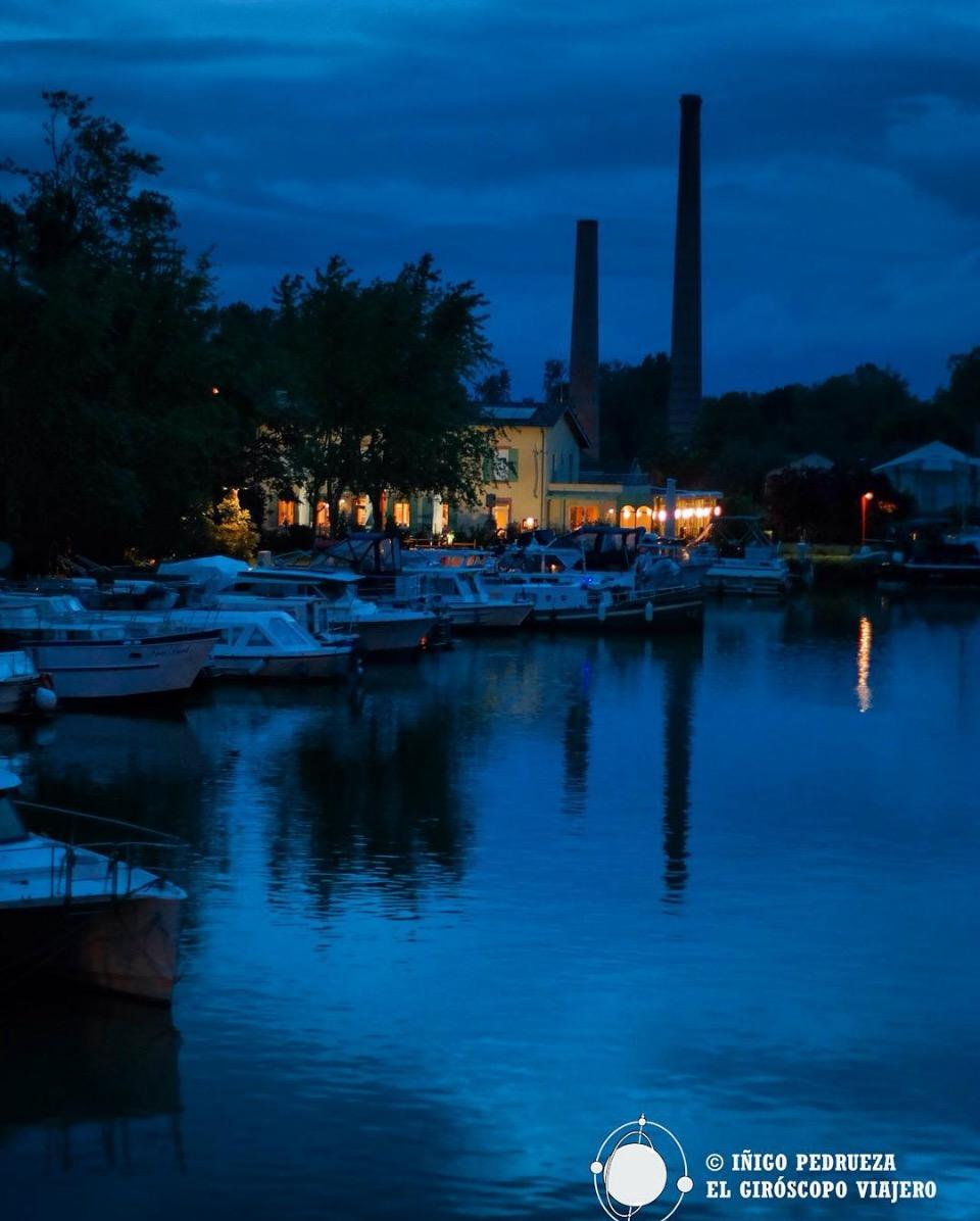 Restaurante del chef Michel Marque junto a las esclusas de Montech. ©Iñigo Pedrueza.