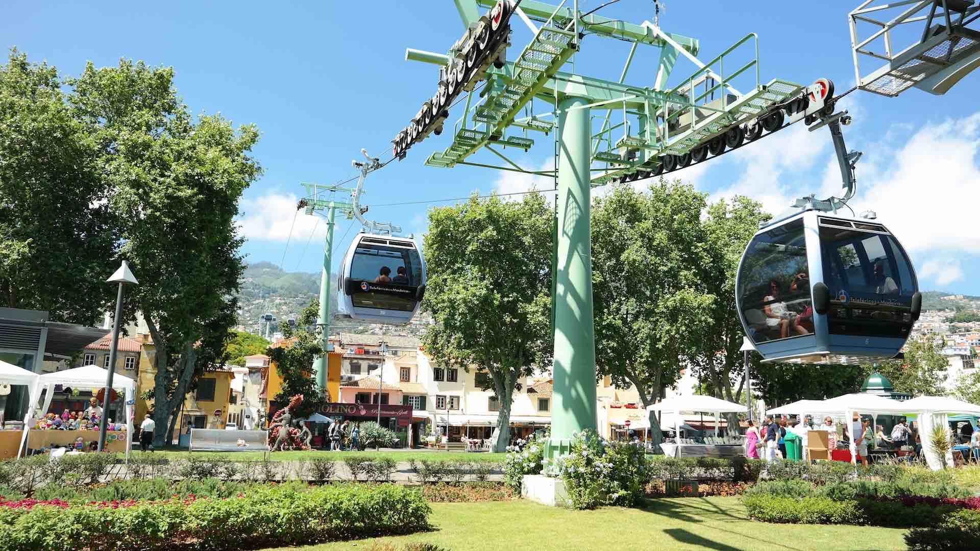 El teleférico de Funchal, del mar al Monte, al Jardín Botánico, al Jardín Monte Palace, a las nubes...
