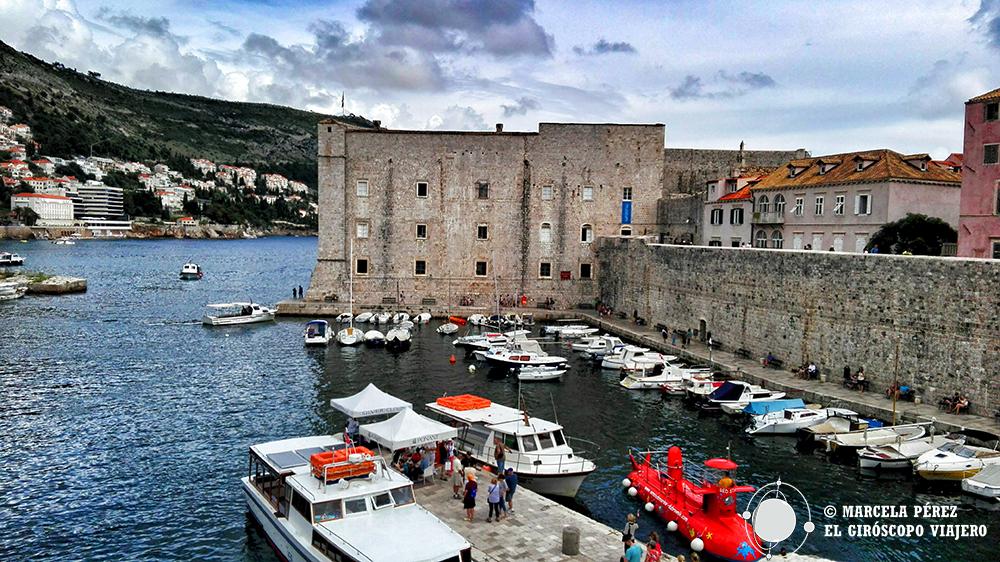 El Fuerte Revelin y el puerto