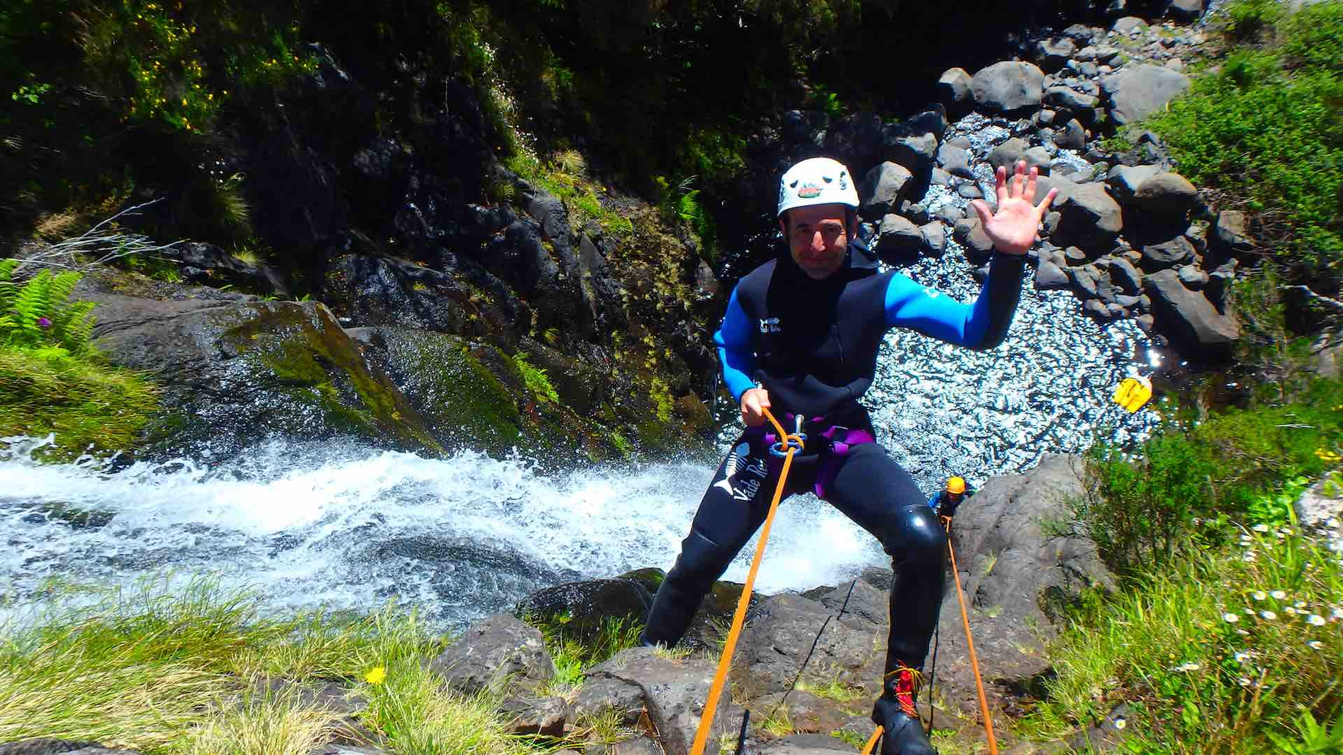 Una auténtica aventura hacer canyoning en Madeira. ©Epic Madeira.