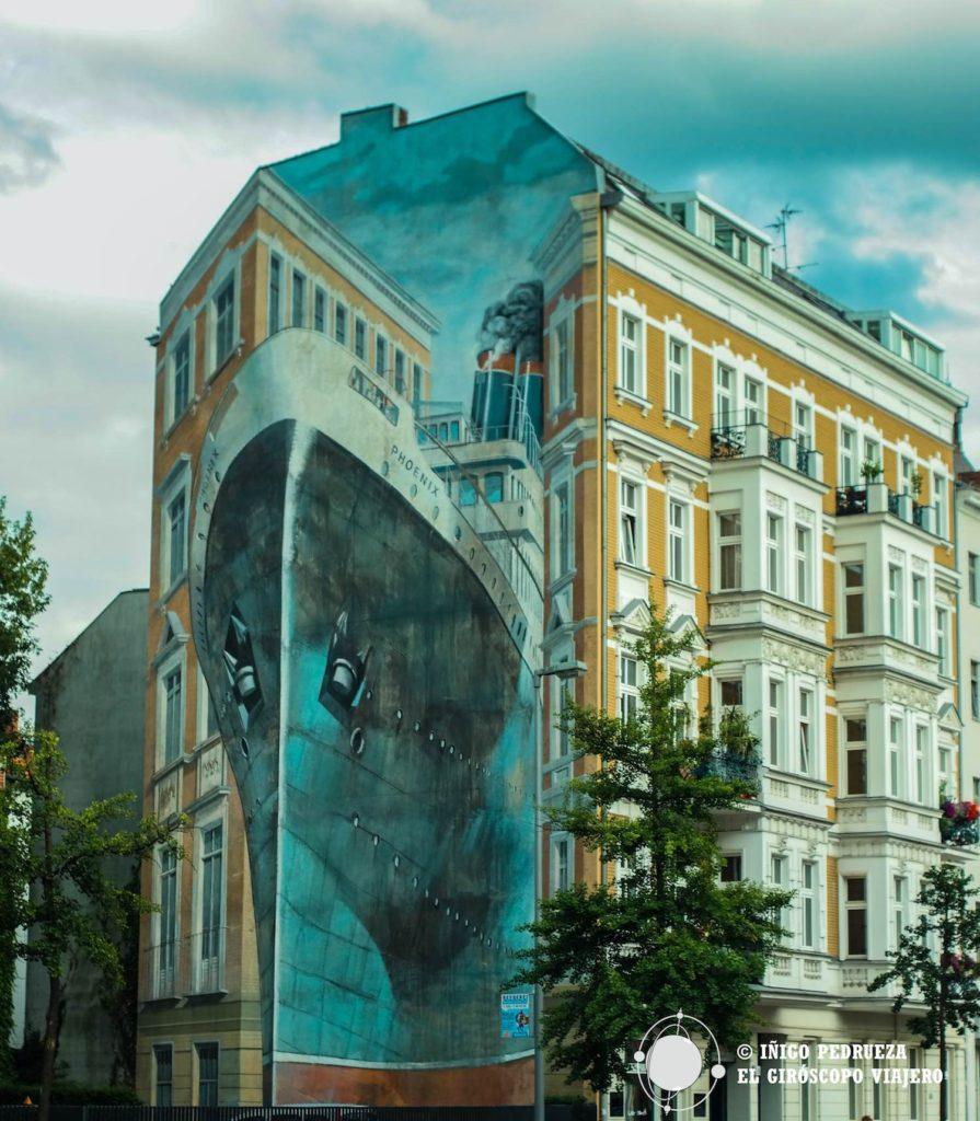 Más arte urbano. Un trampantojo magnífico (trompe l'oeil si prefieren) en el barrio de Charlottemburg. ©Iñigo Pedrueza.