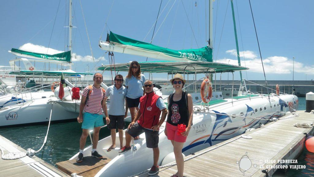 El catamarán que sale del puerto de Funchal para ver los delfines.