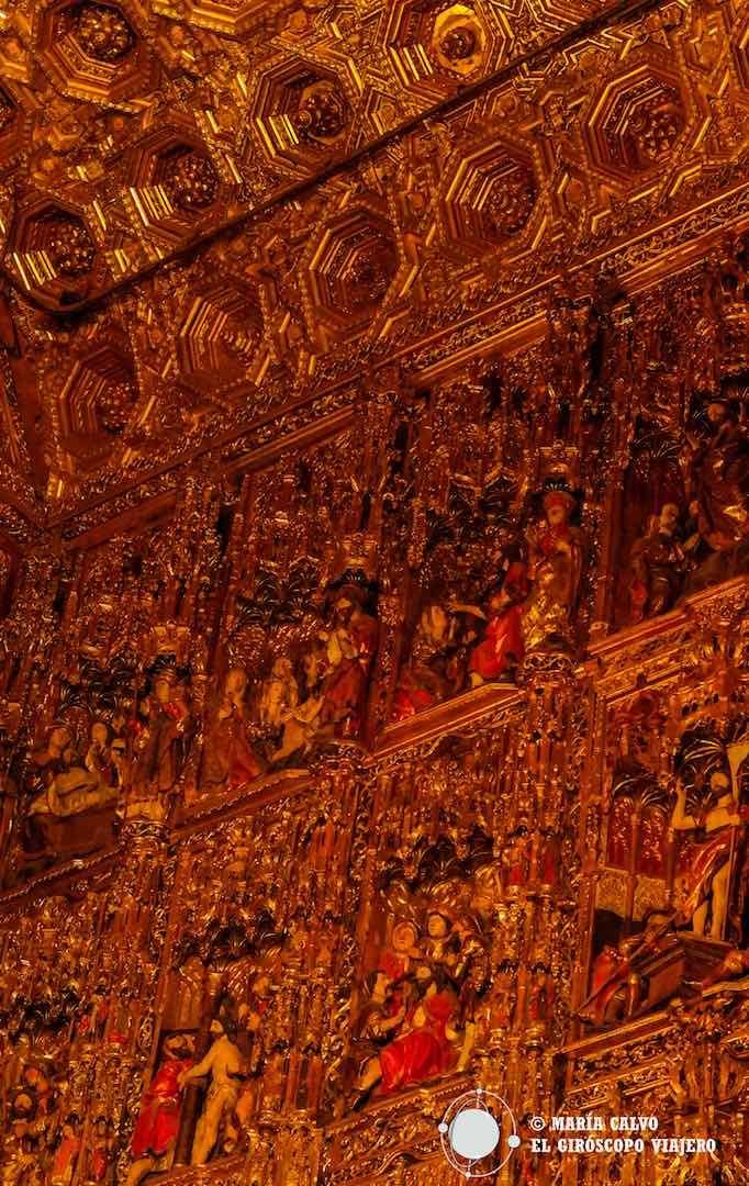Espectacular Retablo Mayor, considerado el más grande de la cristiandad.