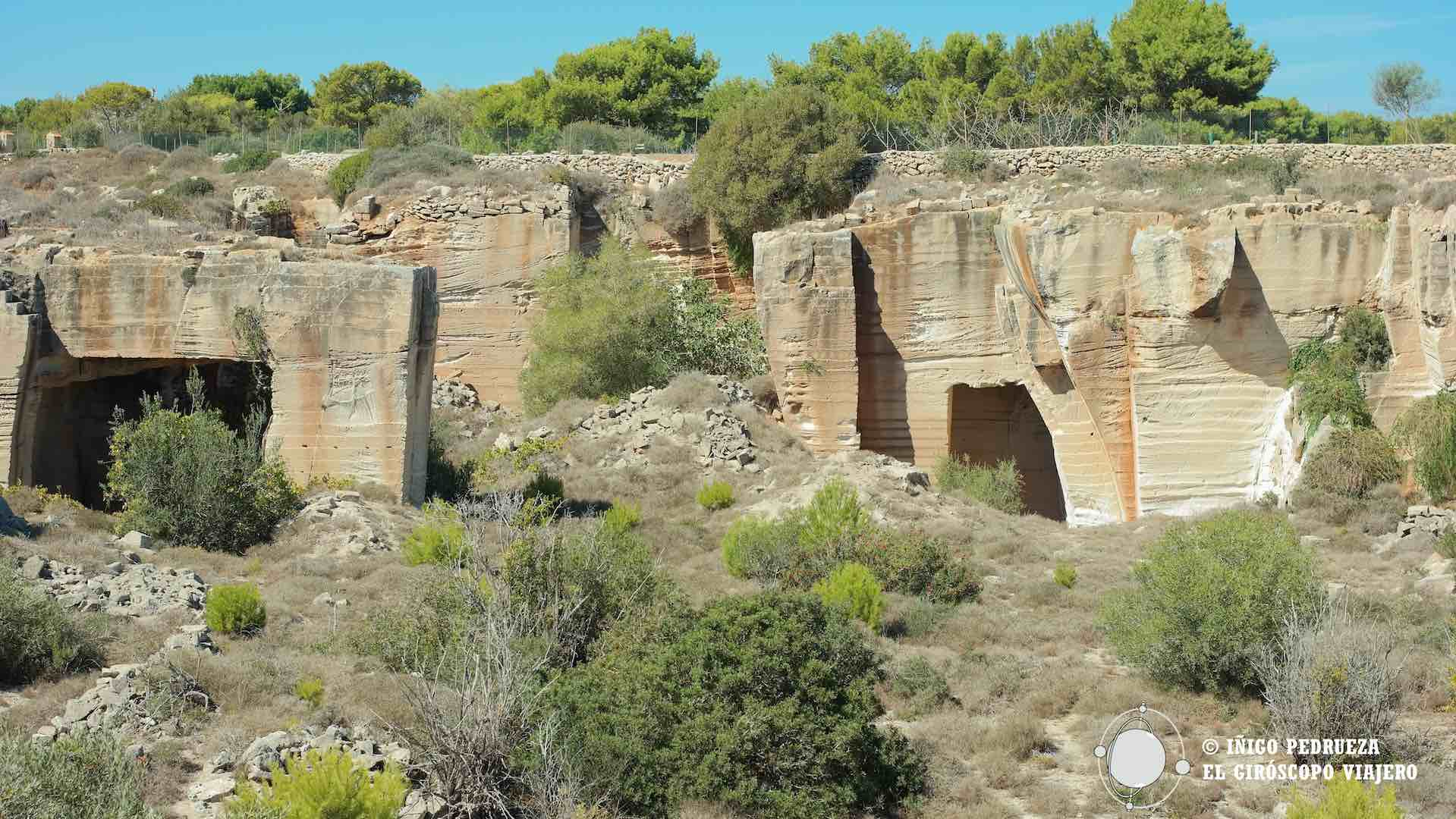 Canteras de toba (Cave di Tufo)