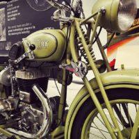 Calentando motores en el Museo de la Moto de Barcelona. Un viaje en el tiempo